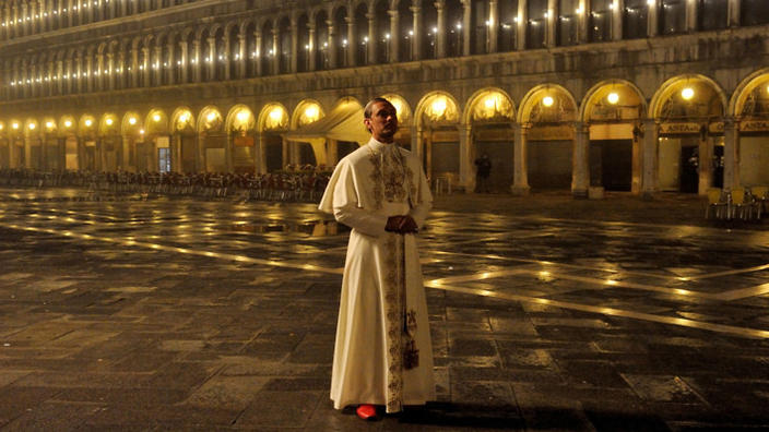 young_pope_4